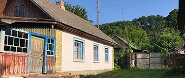 Деревянный дом в с. Коробки возле Любеча